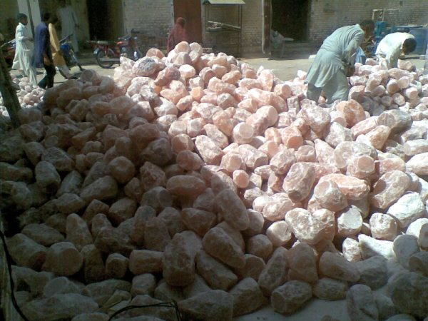 Himalayan Salt Lamps Bangkok : Factory View